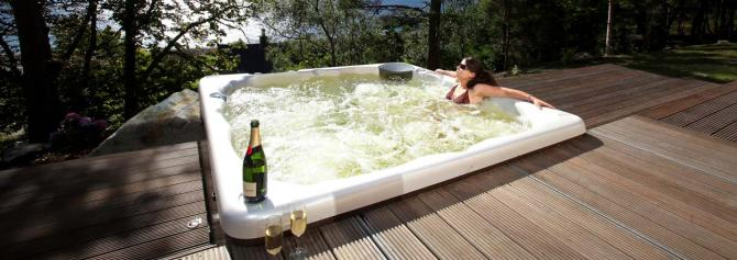 Luxury & Romantic Yorkshire Dales holiday lodges with Hot Tub, Log Burners & 2 with Sauna)